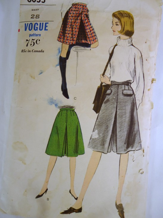 VTG VOGUE 1960s Sewing pattern CULOTTES Waist 28 Hip 38