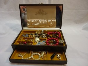 estate vintage jewelry lot